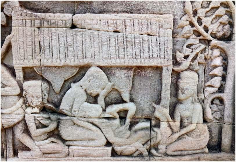 Accouchement à Angkor Thom au 12e siècle